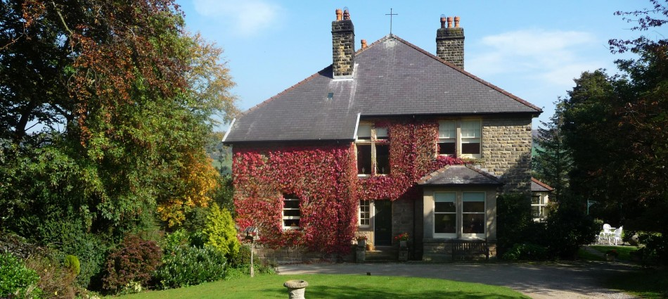 Sevenford House in Autumn
